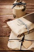 Presents wraped in a rustic earthy style — Stock Photo