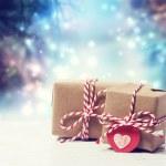 handgemaakt geschenkdozen in glanzende nacht — Stockfoto