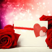 Hearts greeting card with red roses — Foto de Stock