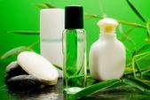 Bambu banyo köpüğü, süt ve sabun temizlik — Stok fotoğraf