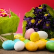 Easter eggs with floral decorations — Stockfoto