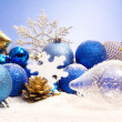 Christmas decorations with pinecones and snowflake — Foto de Stock