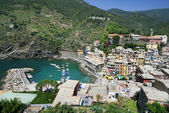 Beautiful Vernazza in a sunny day — Foto Stock