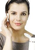 Ansiktsbehandling rengöring mjölk — Stockfoto