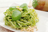 Recipe with pasta with pesto sauce — Stock fotografie