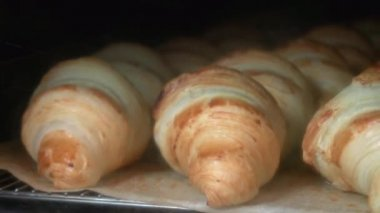 Croissants baking time-lapse — Stock Video