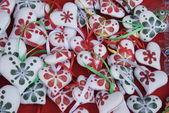 Pequenos corações ornamentais para os feriados de natal e páscoa — Fotografia Stock