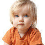 Little girl making funny face — Stock Photo #22318031