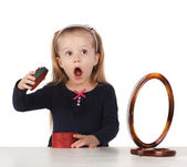 Little girl surprised gift — Stock Photo