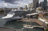 SYDNEY, AUSTRALIA APR 7TH: The cruise ship Celebrity Solstice in — Stock Photo