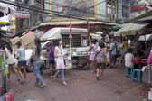 BANGKOK, THAILAND- OCT 10TH: Bustling Chinatown in Bangkok on Oc — Stock Photo
