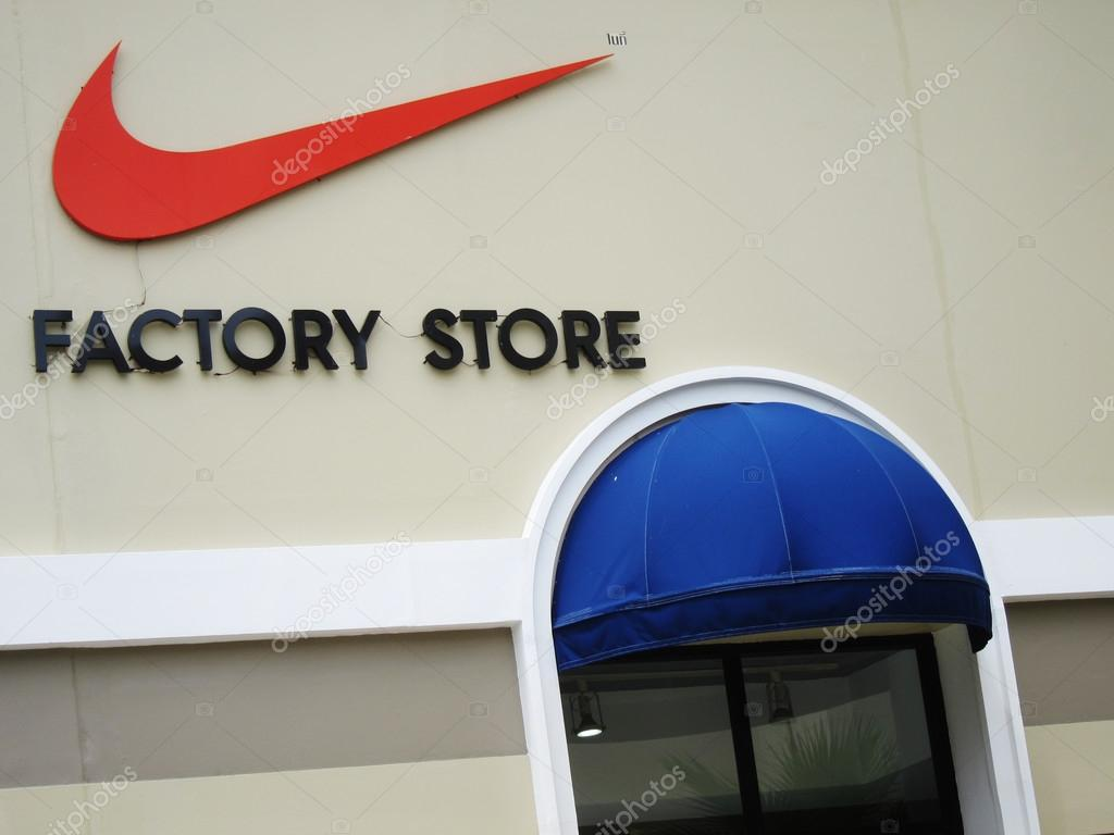 nike apparel outlet