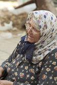 Frau mit kopftuch 2 — Stockfoto