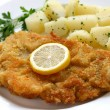 Wiener schnitzel, veal cutlet — Stock Photo #12310672