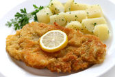 Wiener schnitzel, veal cutlet — Stock Photo