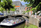Tourist boat in Delft — Stock Photo