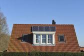 Pannelli solari sul tetto — Foto Stock