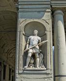 Statua di giovanni dalle bande nere (giovanni de ' medici) in galeria degli uffizi. Firenze, Italia — Foto Stock