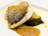 Pan-fried gilt head bream — Stock Photo