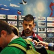 Soccer player on press conference - 图库照片