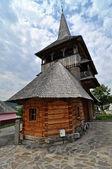 Rozavlea ortodoxní dřevěný klášter — Stock fotografie