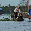 Vietnamese fisherman in the Mekong delta, Vietnam — Foto de Stock