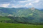 Scenę wiosny w górach — Zdjęcie stockowe
