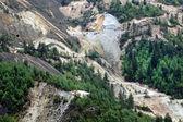 Mine d'or controversé excavation à ciel ouvert, rosia montana, roumanie — Photo