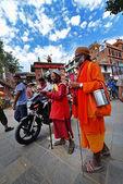 Sadhu men seeking alms in Durbar square. Kathmandu, Nepal — Stock Photo
