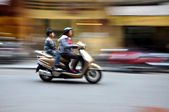 Crowded scooter traffic in Hanoi, Vietnam — Stock Photo