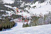 Ski resort in the mountains — Foto de Stock