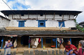 Traditional Gurung village of Ghandruk in the Himalayas — Stock Photo