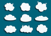 Kolekce zaškrtnutých a zamračeným mraky — Stock vektor