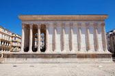 Romano templo maison carree — Foto de Stock