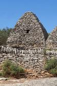 Dry stone hut in Gordes — Stock Photo