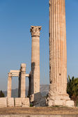 Corinthian columns of Olympian Zeus Temple — Stock Photo