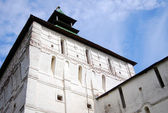 Old white wall and tower in Trinity Sergius Lavra — Stock Photo