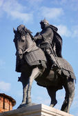 A monument to famous Russian prince Dmitriy Donskoy riding a horse in Kolomna, Russia — Stock Photo
