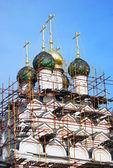 Old church under renovation. Kremlin in Kolomna, Russia — Stock Photo