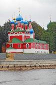 Iglesia de dimitry en sangre. Kremlin en uglich. — Foto de Stock
