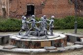 ヴォルゴグラードの子供への記念碑 — ストック写真