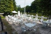 Café-restaurant café près d'un lac — Photo