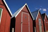 美丽的红色渔民小屋海岸 — 图库照片