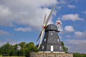Traditionelle dänische windmühle — Stockfoto