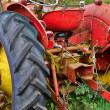 Abandoned rusty old tractor — Stock Photo #30944945