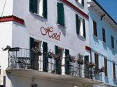 Clássico hotel Lago garda Itália — Fotografia Stock