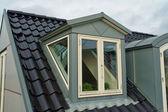 Janelas de telhado vertical moderno — Foto Stock