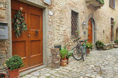Beautiful nook in village Montefioralle — Stock Photo
