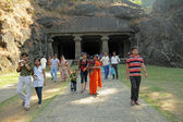 MUMBAI, INDIA - NOV. 28:Tourists visit Elephanta Caves on Novemb — Stock Photo