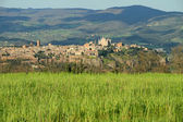 Fantastic view of panorama of Orvieto town on tuff rock, Umbria, — Stock Photo